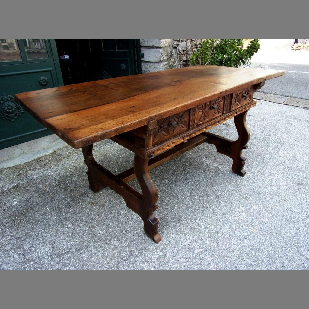 M ounes antiquit s antiquaire sp cialiste du mobilier for A table en espagnol